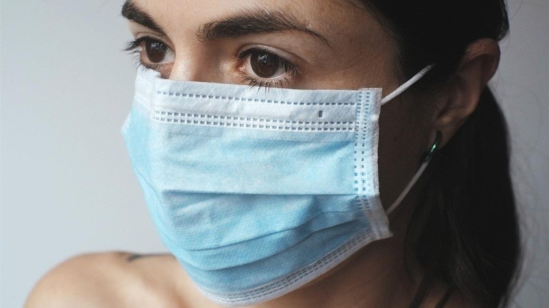 Как и где надо носить защитные маски?