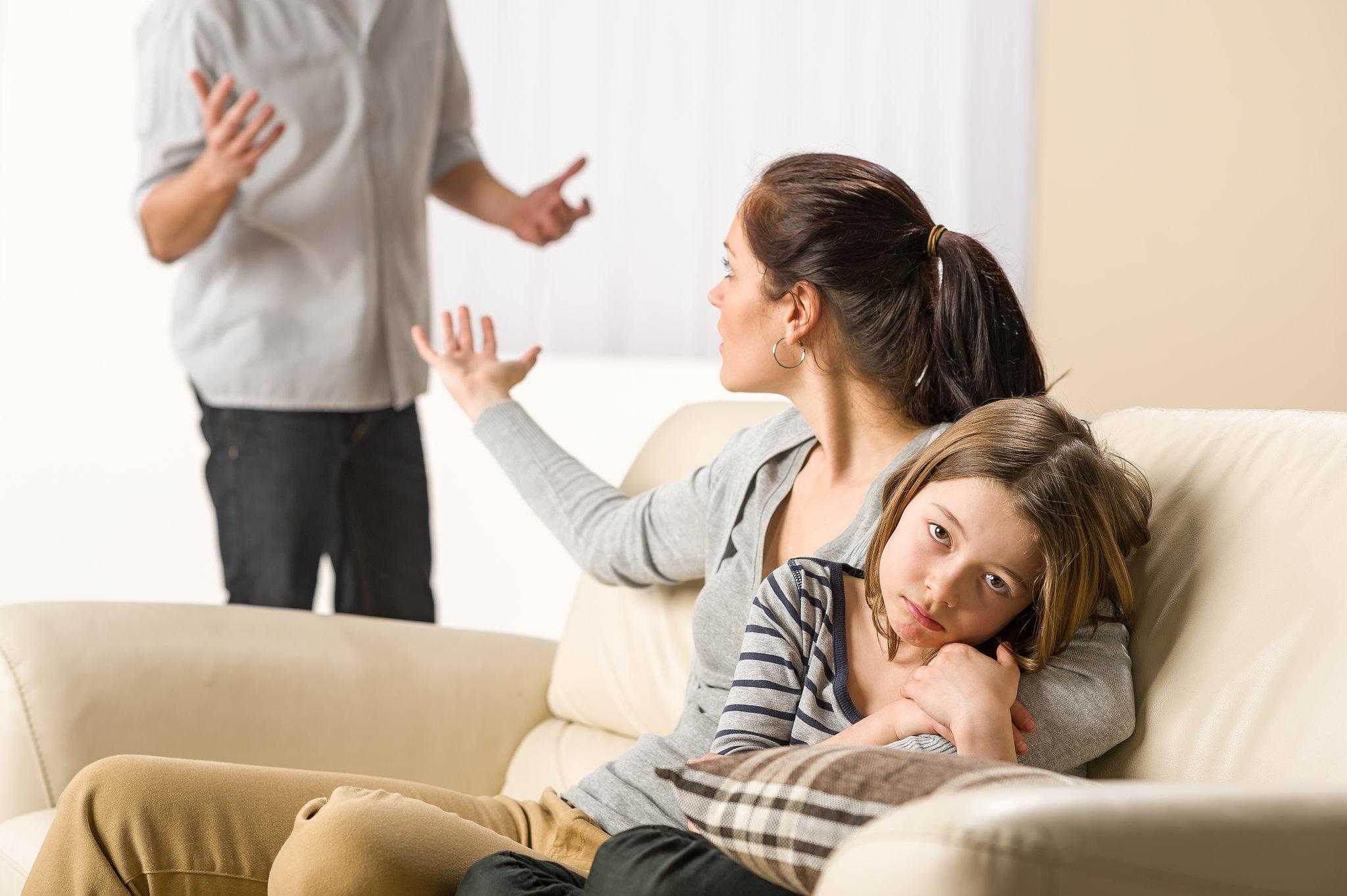 что делать при разводе с женой хохотнул коротко
